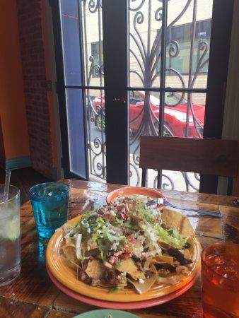 Schenectady, NY: Mexican Radio