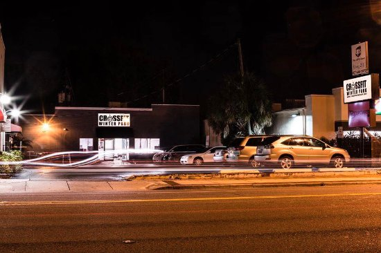 CrossFit Winter Park front parking and entrance