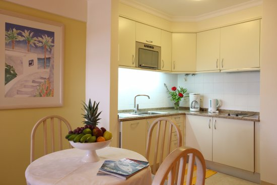 Studio Apartment Dining Table Picture Of Canico Bay