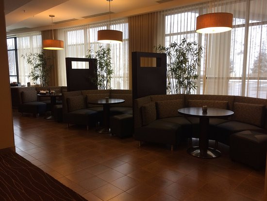 Washington, Pennsylvanie : Lobby and dining area