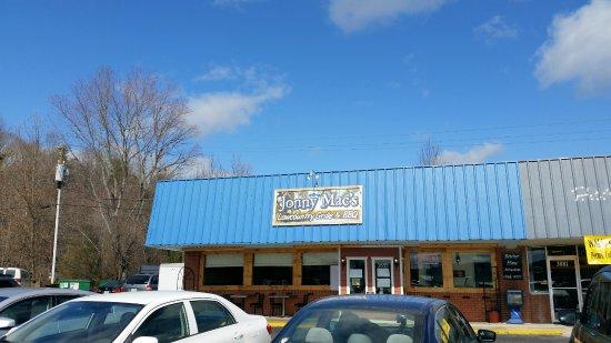 Fletcher, Karolina Północna: Exterior
