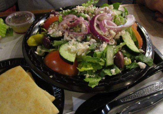 Fronimo's Greek Cafe: Large Greek Salad served with grilled pita