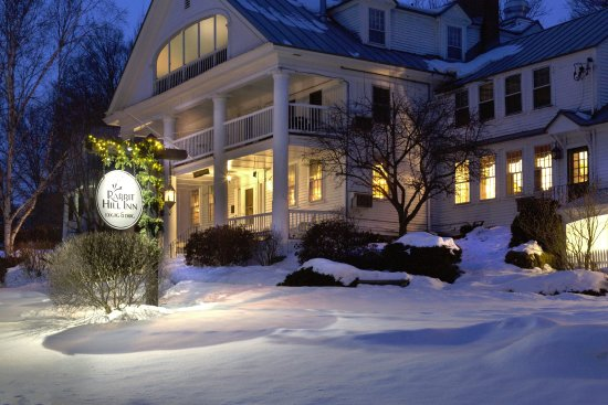 Saint Johnsbury, VT: Vermont winter vacation at Rabbit Hill Inn