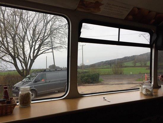Lye Cross Farm Bus Cafe: photo0.jpg