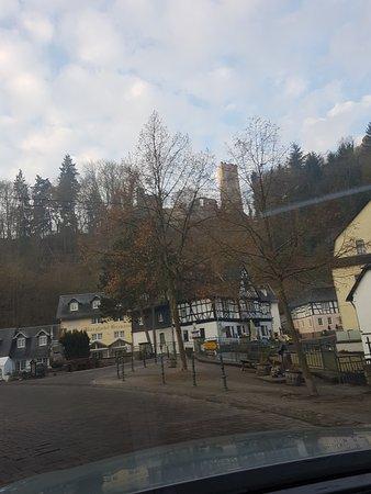 Zugbrücke Grenzau: Grenzau