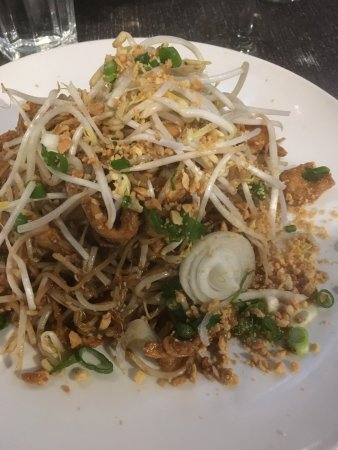 Abbotsford, Canada: Chicken pad thai