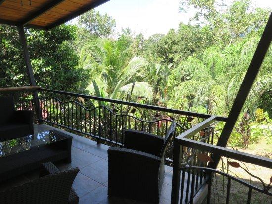 Ojochal, Costa Rica: terraza privada por cada cabina