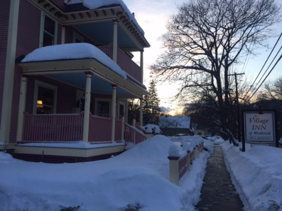 Woodstock, VT: the inn at sunset!