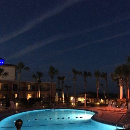 Seahorse Oceanfront Inn: photo1.jpg