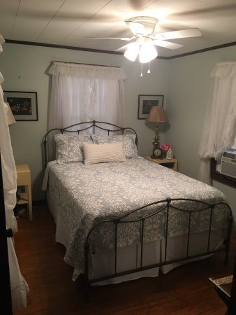 New Iberia, LA: Bayou Teche Guest Cottage
