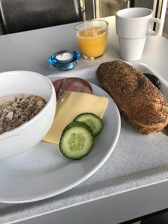 Arlandastad, Sweden: Frukost och middag