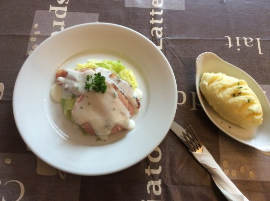 Trim, Ireland: Bacon & cabbage,with parsley sauce