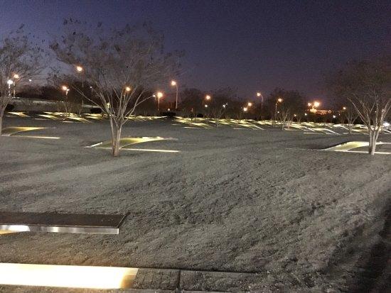 Pentagon Memorial : photo0.jpg