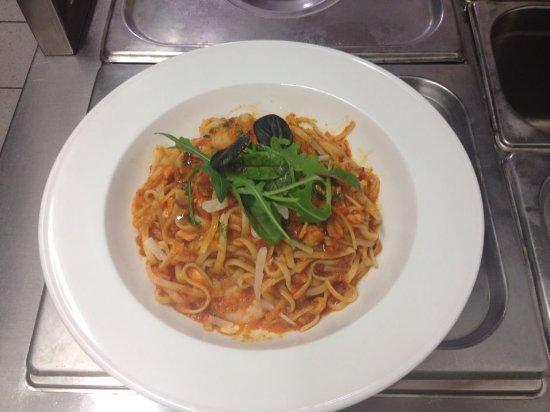 Trim, Ireland: Linguine pasta with smoked salmon & prawn, in tomato&basil sauce.