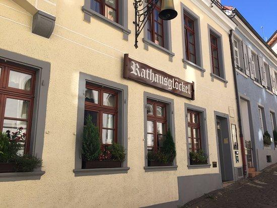 Rathausglöckel : Outside