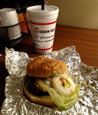 ‪‪Thomasville‬, ‪North Carolina‬: Burger & Shake to go - Feb 2017‬