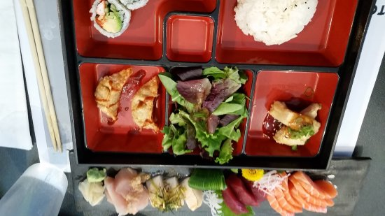 Richmond Hill, Canadá: Tomo Japanese Restaurant