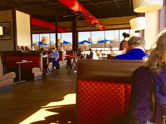 Northport, AL: Inside dining.