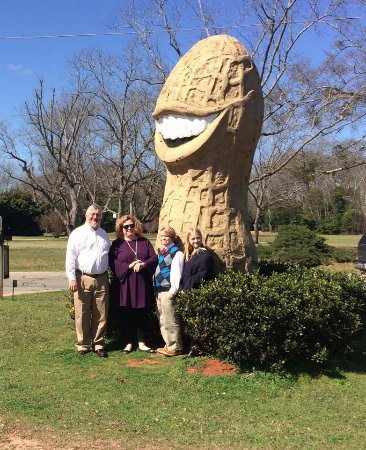 Plains, GA: Peanut!