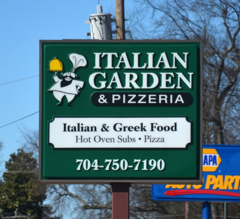 Italian Garden And Pizzeria: Sign on King