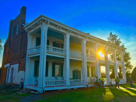 Franklin, TN: Awesome place to understand better a vital piece of American History.  Amazing house!  Great his