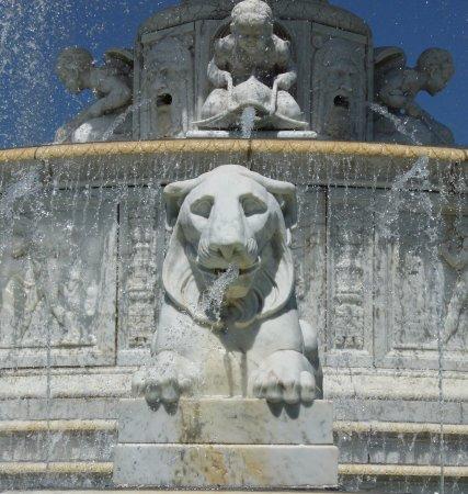 Belle Isle Park: Scott fountain