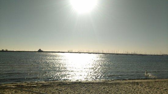 เซนต์กิลดา, ออสเตรเลีย: 海灘與太陽