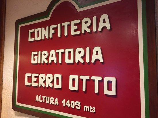 Cerro Otto: Muy rica la comida. Los precios como en cualquier lado. Comí el goulash, estaba riquísimo