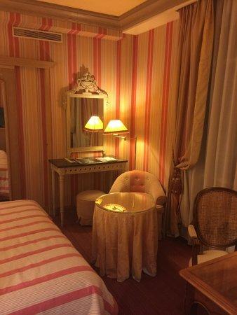 Chambiges Elysees Hotel: photo0.jpg
