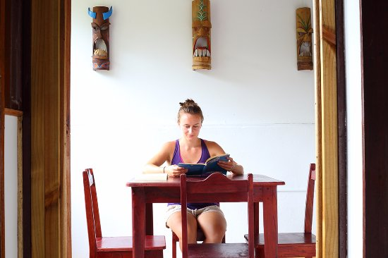 Quepos, Costa Rica: Manuel Antonio Spanish School inside classroom