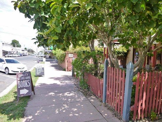 Braidwood, Australia: Street frontage