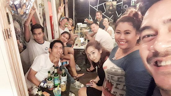 On Street Bar samui: The friendship was born here every night