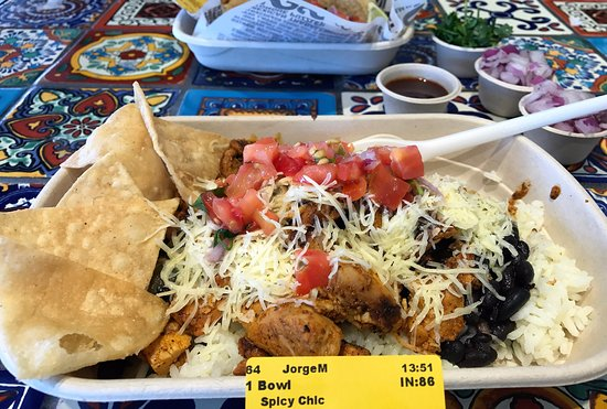 Mount Lawley, Australia: SPICY CHICKEN BURRITO BOWL