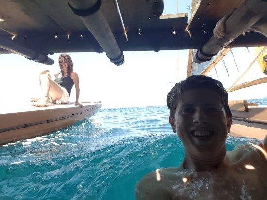 Suva, Fiji: Or swim under the deck