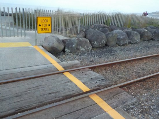 New Plymouth, Selandia Baru: Warning about the daily train