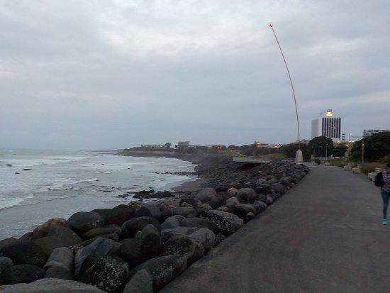 Coastal Walkway: Looking North-east wards