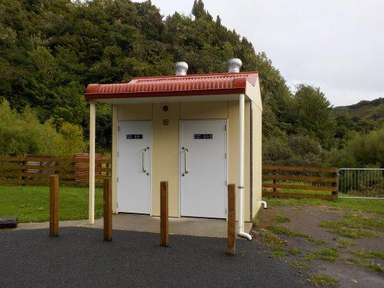 Stratford, New Zealand: Public Toilets