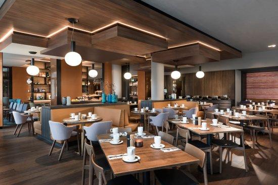 Hotel Adina Messe Frankfurt