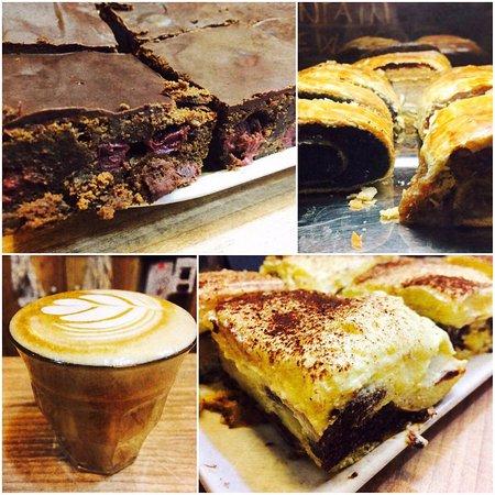 Next Step Coffee  A hét hátralévő részében mézeskalácsos-meggyes brownie 6bcad994bc