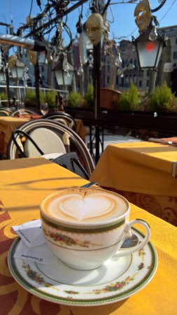Ristorante Florida: Cappuccino with the best view