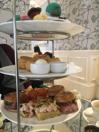 The Ampersand Hotel: Science-themed afternoon tea... plenty for two people.