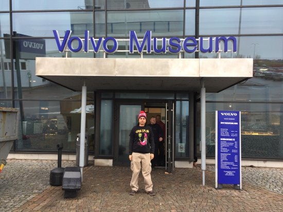 Volvo Museum: Closed today due to construction