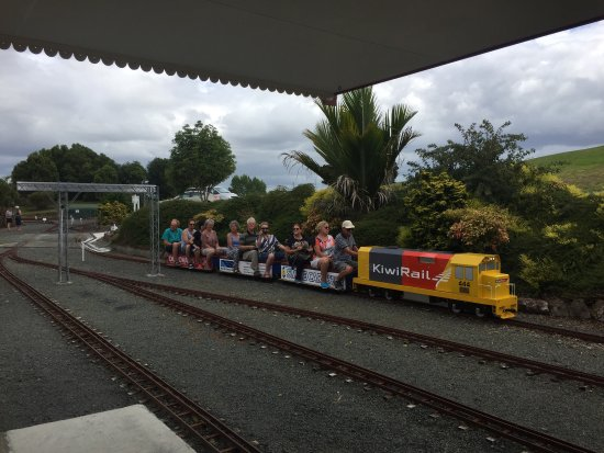 Kiwi North, Kiwi House and Museum : photo1.jpg