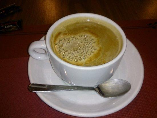 Hotel La Farga: Cafe con leche
