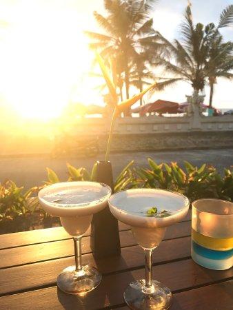 ลีเกี้ยน, อินโดนีเซีย: Ole Beach Bar