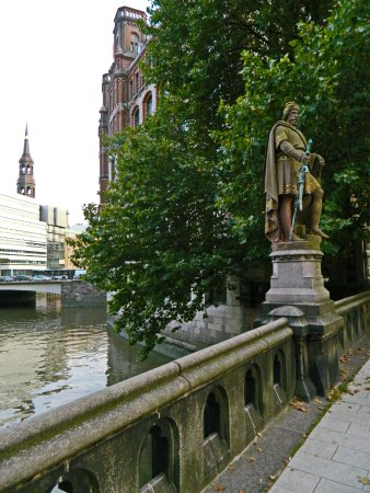 Denkmal Graf Adolf III. Schauenburg