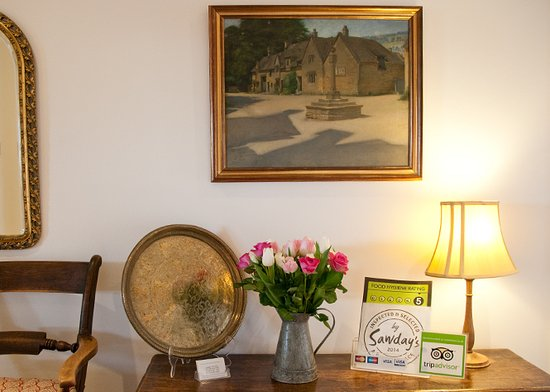 A friendly welcome at Fairways Bed and Breakfast, Crewkerne, Somerset