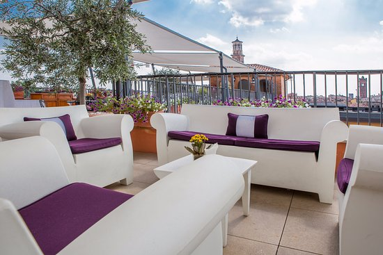 Due Torri Hotel : Rooftop Bar