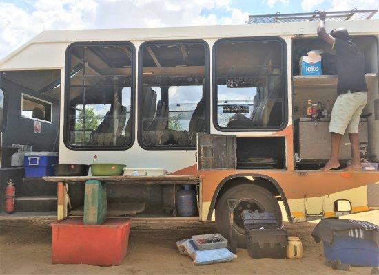 Windhoek, Namibia: 改造車からは、色々なものが出てきます(笑)