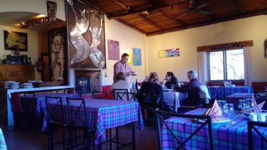 Canamero, Espagne : Sala comedor. Muy especia